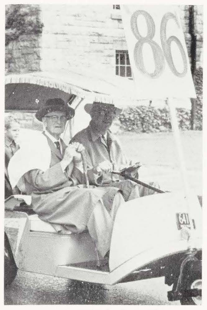 Ernest A. Blackmer, Class of 1886, celebrating for his 77th reunion in 1963 (July 1963 Alumni Review)